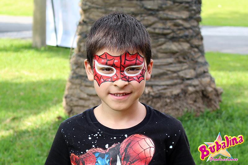 caritas pintadas de superheroes para fiestas infantiles